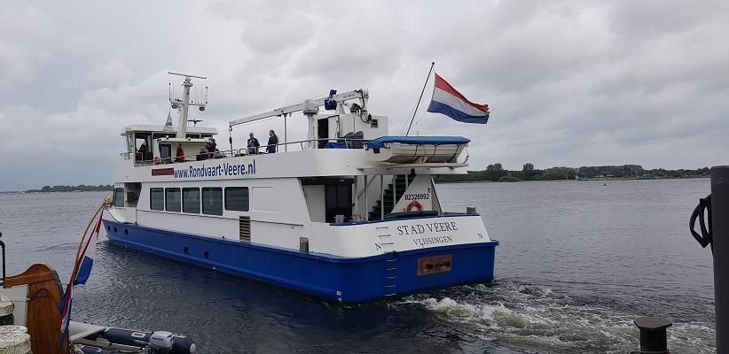 Wandeling rond het Veerse Meer over het Nederlands Kustpad op het veerpont naar Kamperland
