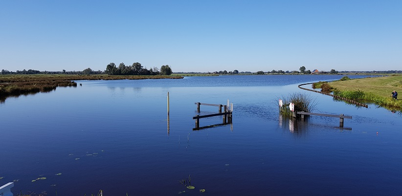 Wandeling over het streekpad Noardlike Fryske Walden van Damwoude naar Aldtsjerk bij de Houtwiel