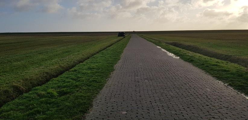 Wandeling op Schiermonnikoog van het Dorp naar de veerdam