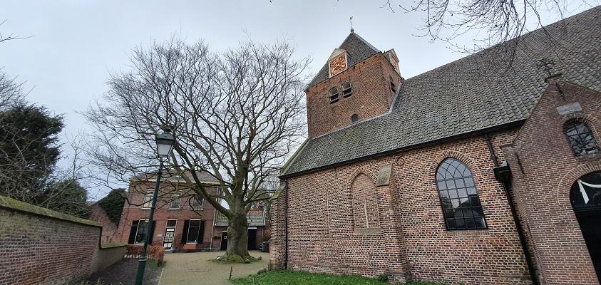 Stadswandeling Batenburg bij de Victorkerk