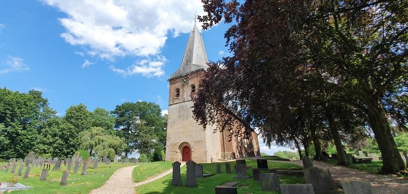 Landgoedwandeling over het Keppelpad bij de kerk in Hoog-Keppel
