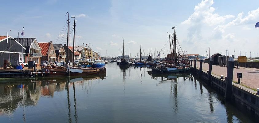 Wandeling op Urk bij de haven