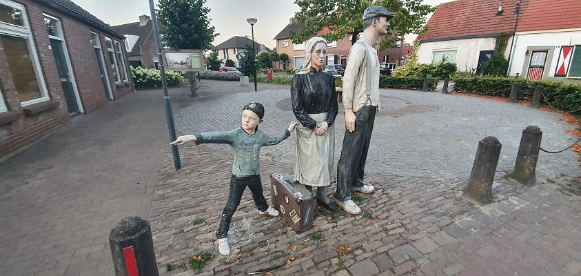 Wandeling over Andreas Schotel wandelroute in Esbeek bij sculptuur de Verbinding