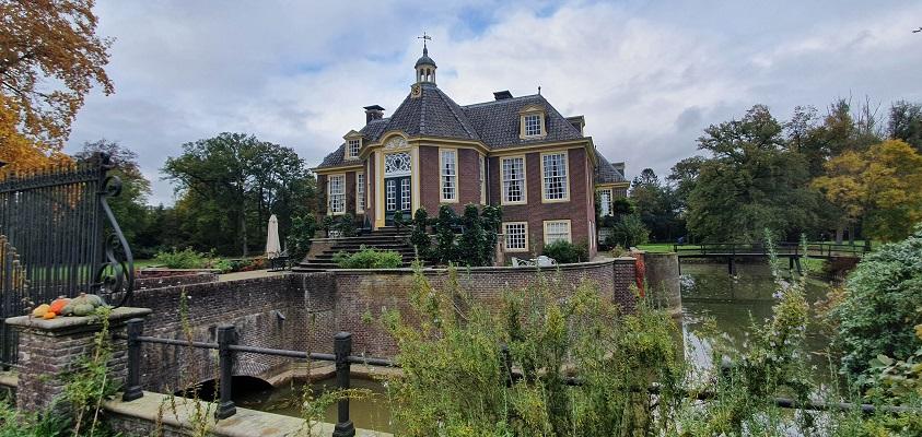 Wandeling van Lochem naar Ruurlo over Achterhoekpad bij Huize de Wiersse