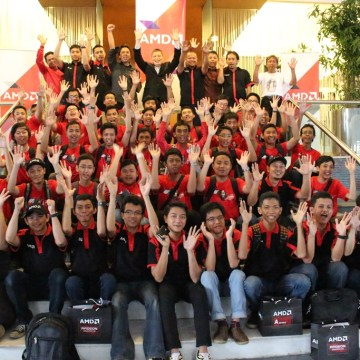 Foto-Bersama-AMD-Red-Team-Gathering-2015