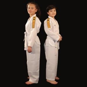Dobok uniforme Little Warrior AME sport taekwondo