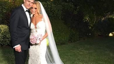 Photo of Παντρεύτηκε την κούκλα Παραολυμπιονίκη Καρ. Πελενδρίτου ο… σπορτκάστερ Δημήτρης Χατζηγεωργίου!