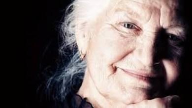 Photo of Μυστικά ομορφιάς που μας έλεγαν οι… γιαγιάδες μας