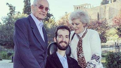 Photo of Στέλιος Κυμπουρόπουλος: 10 και μια φωτογραφίες από την ενδιαφέρουσα ζωή του μεγάλου νικητή των ευρωεκλογών!