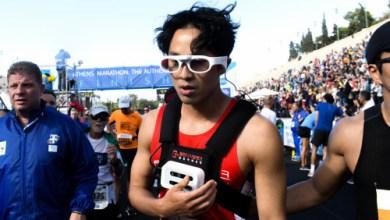 Photo of Ντονγκ Χο Χαν: Ο τυφλός αθλητής από την Κορέα που τερμάτισε στον Μαραθώνιο χωρίς συνοδό