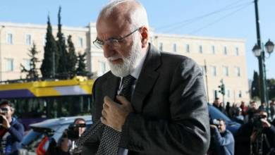 Photo of Κορονοϊός: Ο Ιβάν Σαββίδης δώρισε αναπνευστήρες στο ΑΧΕΠΑ