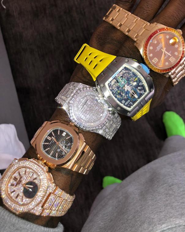 Offset Shows Off Expensive Watch Collection (2)