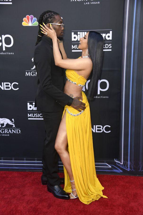 Cardi B And Offset Billboard Music Awards 2019 Red Carpet (2)