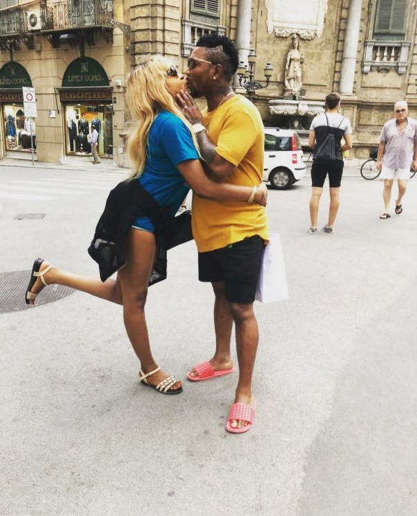 Oritsefemi And His Wife Loved Up Italy Vacation Photos (4)