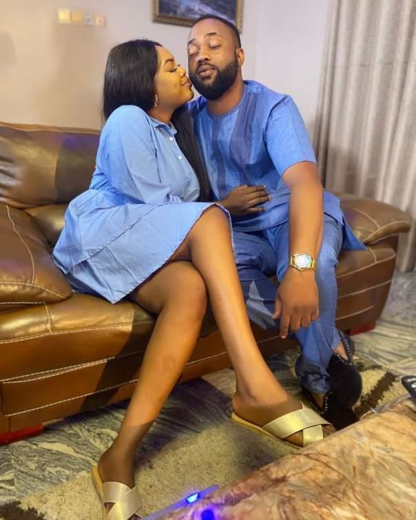 Deborah Shokoya And Damola Olatunji On Set Loved Up Photo Skibi Jobo (2)