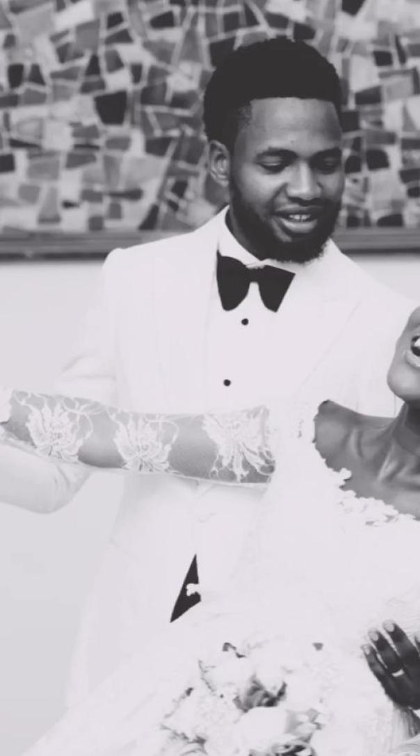 Bukunmi Oluwasina Married (2) Amebo Book