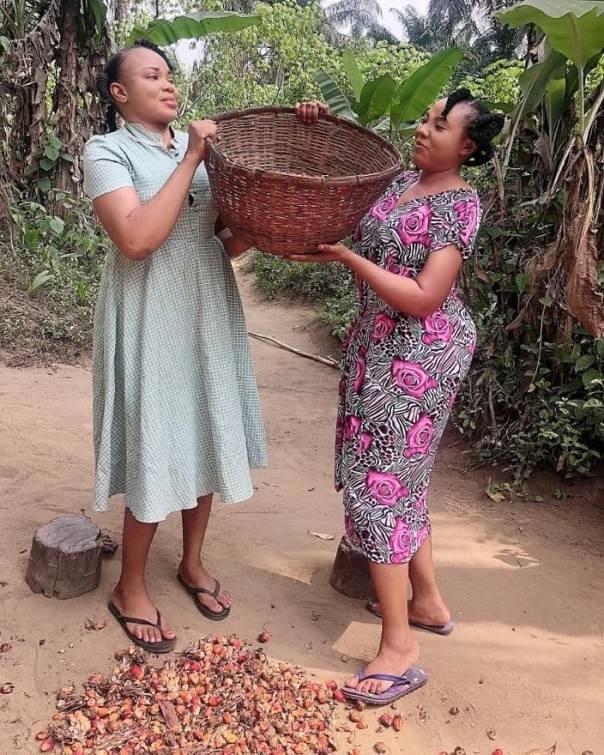 Ibiwari Etuk Selling Palm Fruit MUTANDA Nollywood Movie (2)