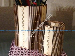 Customizable FlexiRoast Wooden Pen Stand