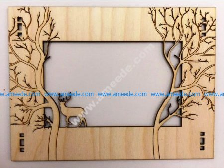 Deer picture frame in the forest