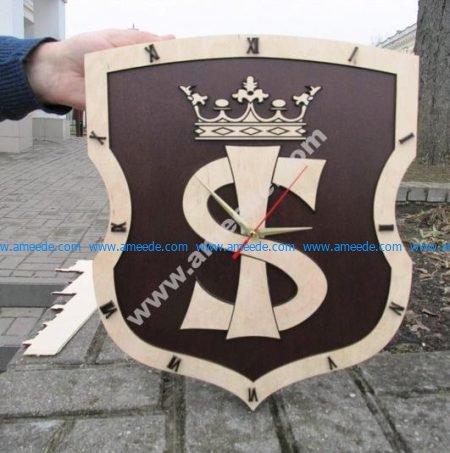 Royal style wall clock