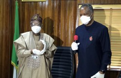 Onyeama Hands over Repatriated 600-year-old Ife Artefact to Information Minister