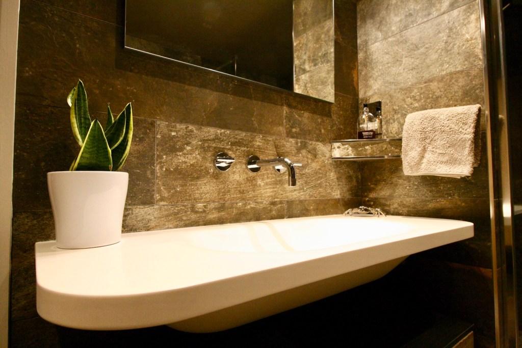 Sink Area in bathroom
