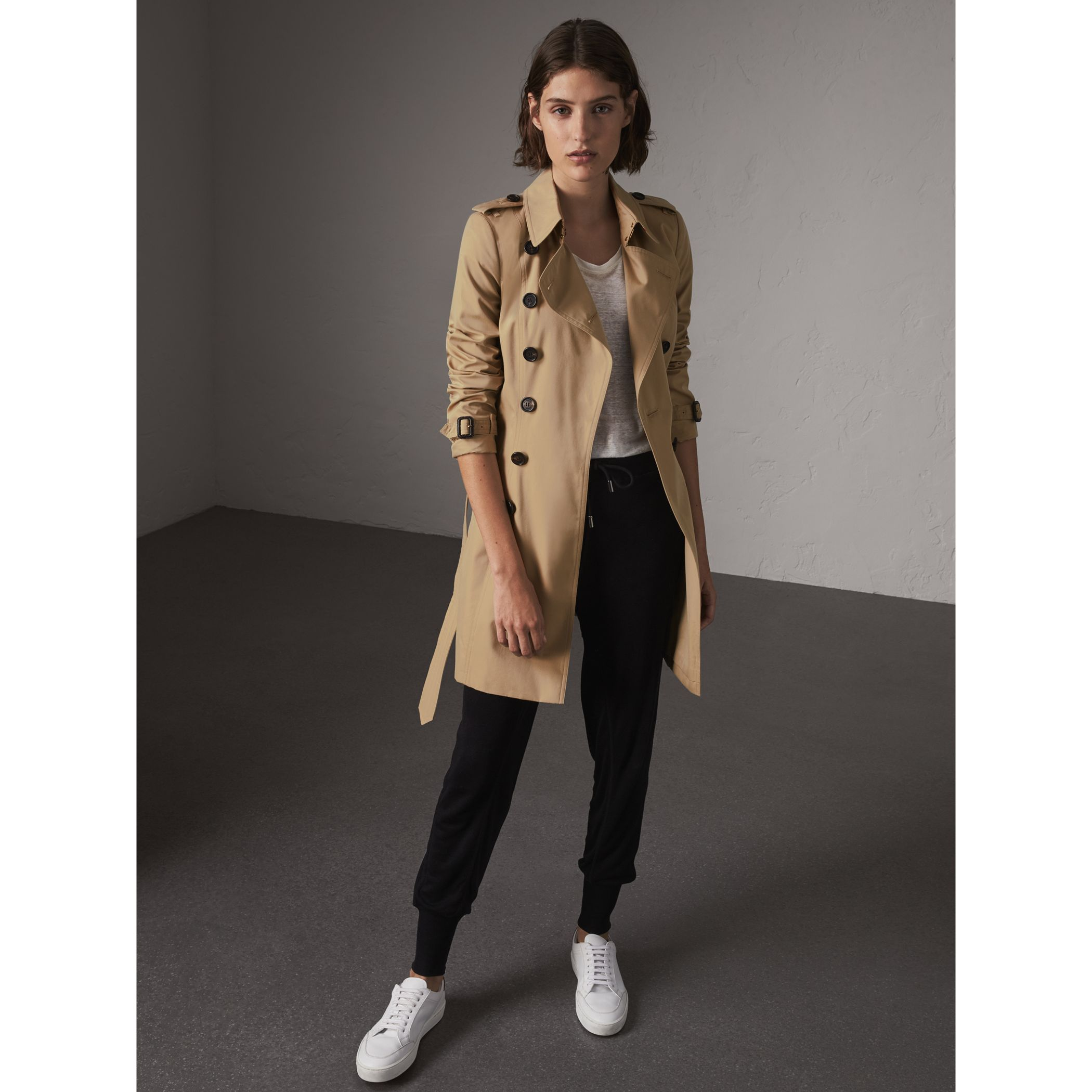 Burberry women trench coat