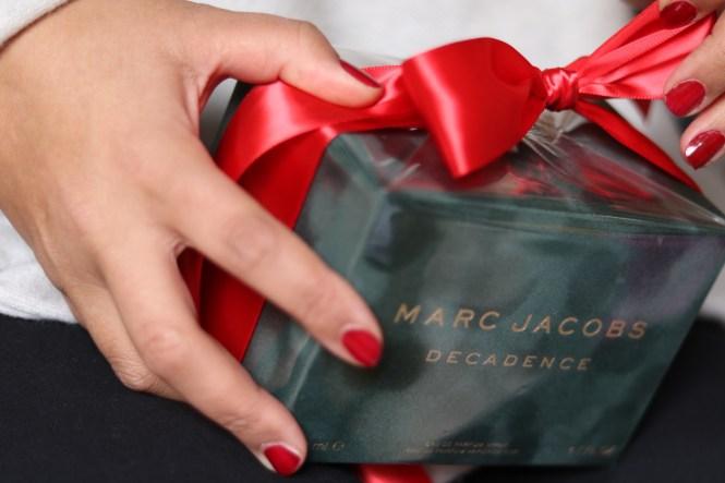 giving perfume for christmas