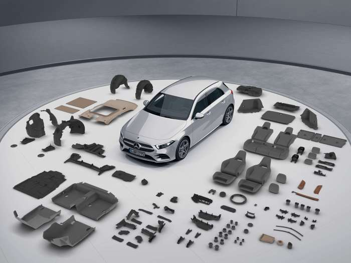 Daimler-Training-Centre-AMENA-Auto-Dubai-UAE