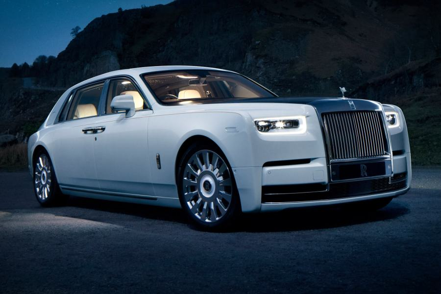 rolls-royce phantom uae