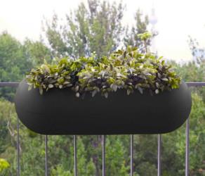decorer son balcon avec des jardinieres