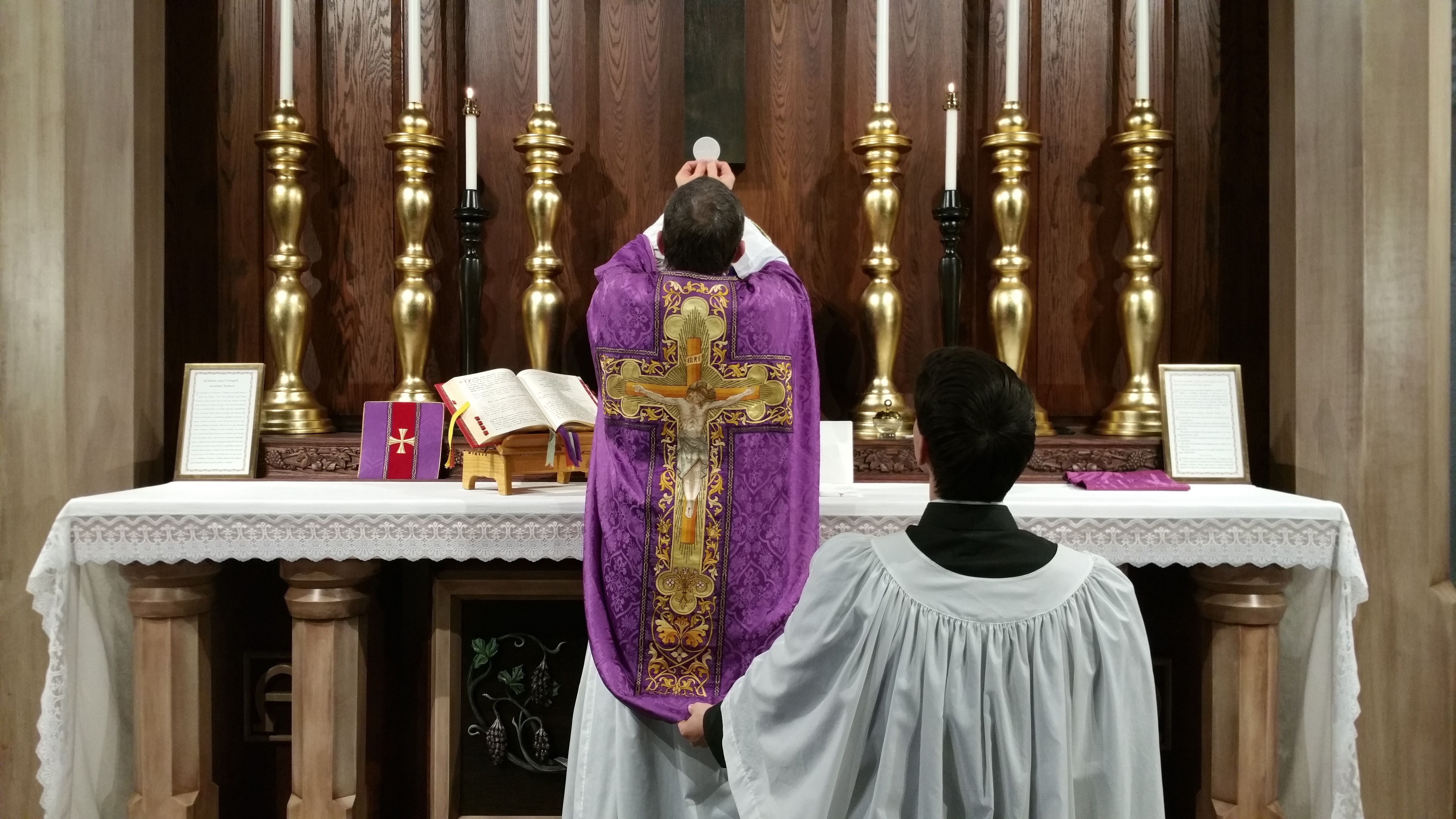 Latin Mass Fans Celebrate 10 Year Anniversary In Rome