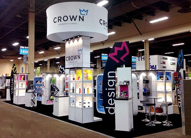 make a display with product shelving part of your trade show strategy