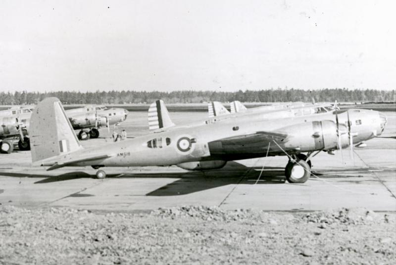 B-17C #40-2079 delivered to the RAFSerial: AN518 (Mistakenly marked as AM518 at the Boeing Factory) 90 Squadron