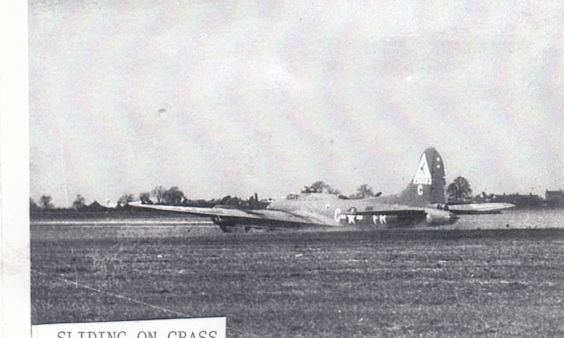 A B-17 Flying Fortress (FR-C, serial number 42-38183) nicknamed