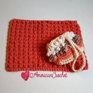 Berry Me Spa Set | Free Crochet Pattern | American Crochet @americancrochet.com #freecrochetpattern