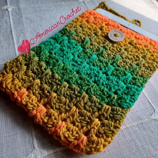 Confetti Tablet Cover | Crochet Pattern | American Crochet @americancrochet.com