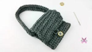 My Dolly Edgy Messenger Bag | American Crochet @americancrochet.com