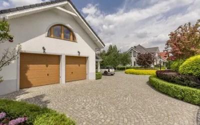 How To Choose A New Garage Door
