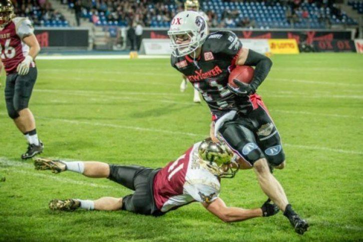 Braunschweig action - Casey Therriault