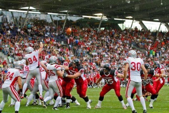 Football Canada.jpg.824x0_q85
