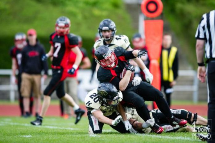 denmark-triangle-sollerod-2016-action-mikkel-bo-rasmussen-1st-down-photo-2