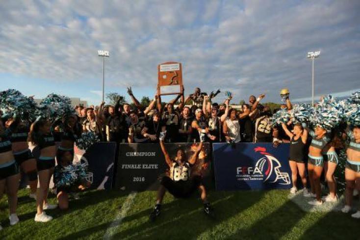 france-st-ouen-cougars-2016-championship-photo