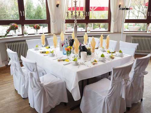 how to decorate a restaurant top 11 innovative concepts rh americangr com how to decorate a restaurant table how to decorate a restaurant for a wedding reception