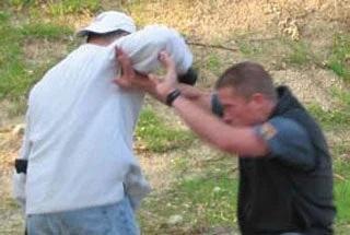 TX2Guns: ECQ In Fight Weapon Access