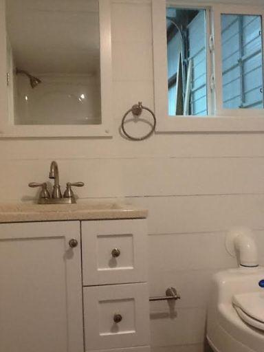 American Tiny House San Francisco Bath