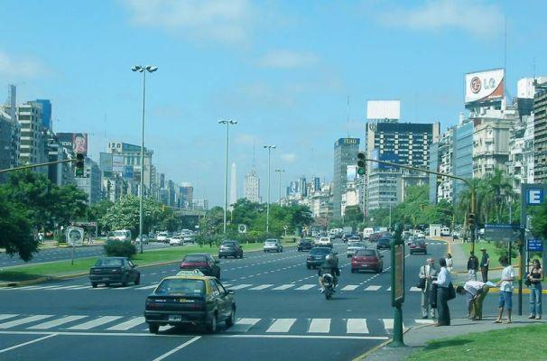 Route Julio Du 9 Buenos De Large Plus Aires Argentine Monde La La