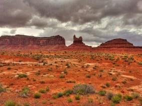 Monument Valley mit Wolken