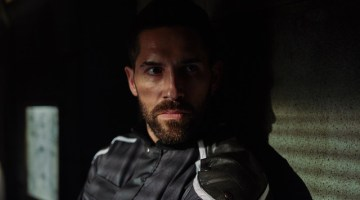 "SCI-FI ACTION-THRILLER ""INCOMING"" WILL STAR SCOTT ADKINS"