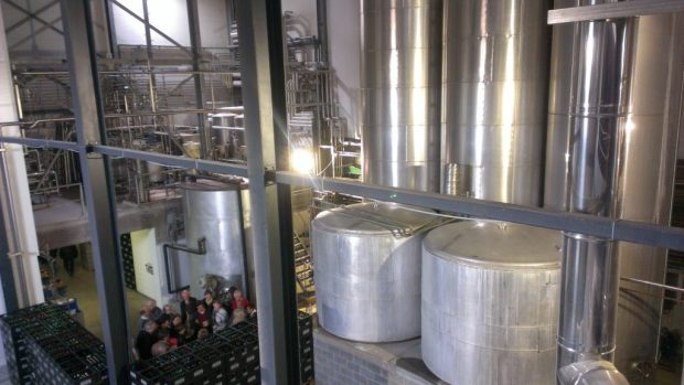 Several large volume stainless steel tanks at Boon